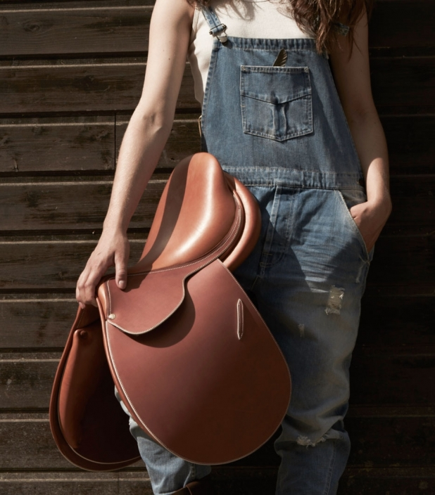 Guibert Paris custom saddle in newmarket vegetable leather
