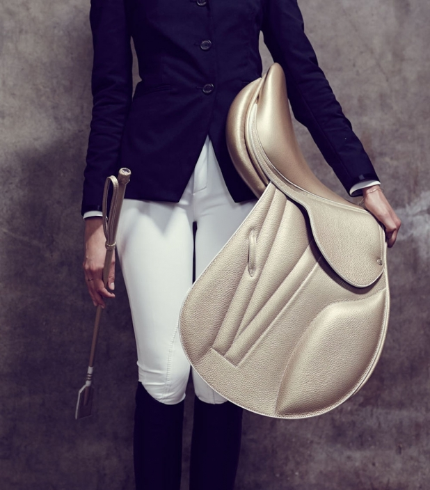 Guibert Paris - Guibert gold saddle