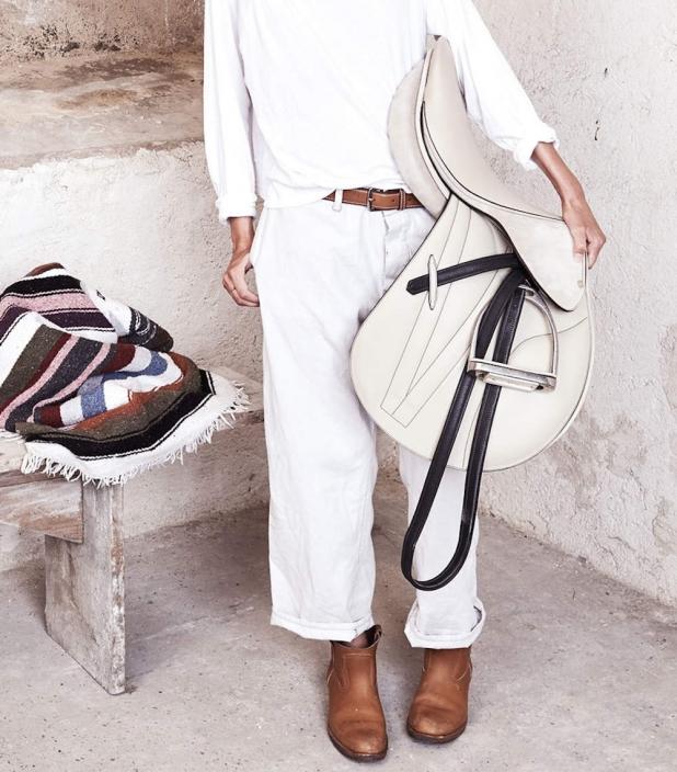 Guibert paris - Guibert pearl leather saddle