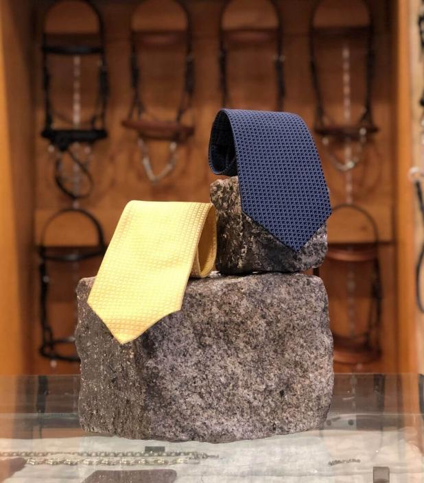 Cravate 100% soie Quarter marker Guibert tissée jacquard