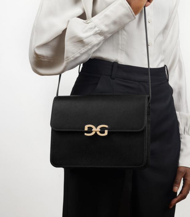 Allure bag taurillon Pessoa black